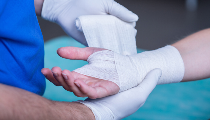 What to Expect During Hand Surgery Recovery