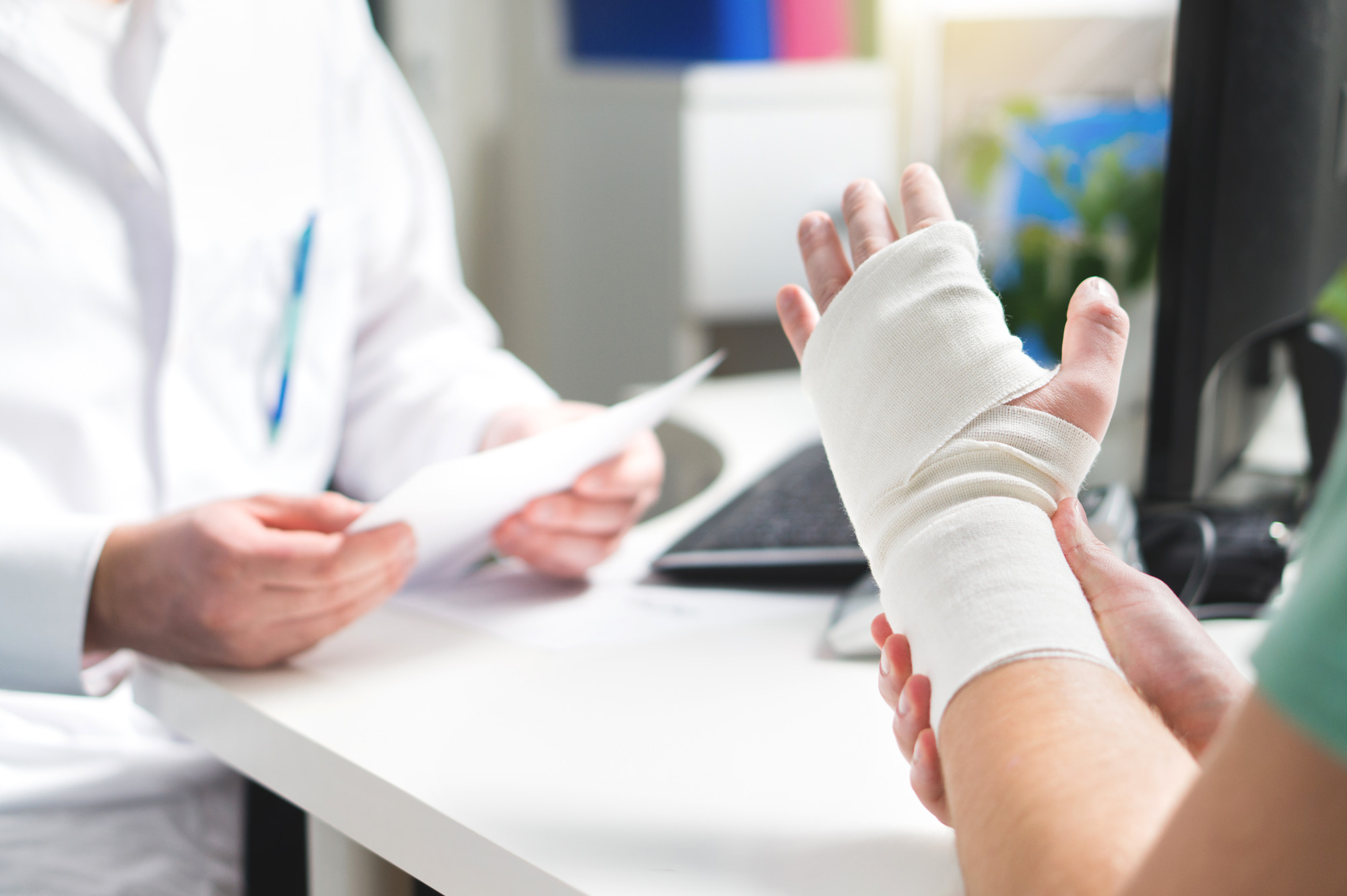 Should You Use a Wrist Splint for Carpal Tunnel?